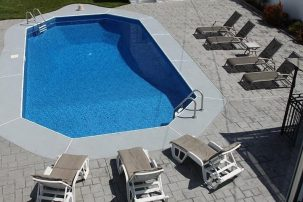 In-Ground Pool 3 Blocks to Beach Central Air Brand New Home
