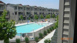 Wildwood Gated Community and Pool. Family friendly rental home.