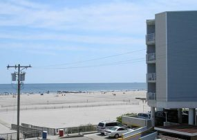 Does Your Family Love the Beach-Stay in Oceanfront Complex!