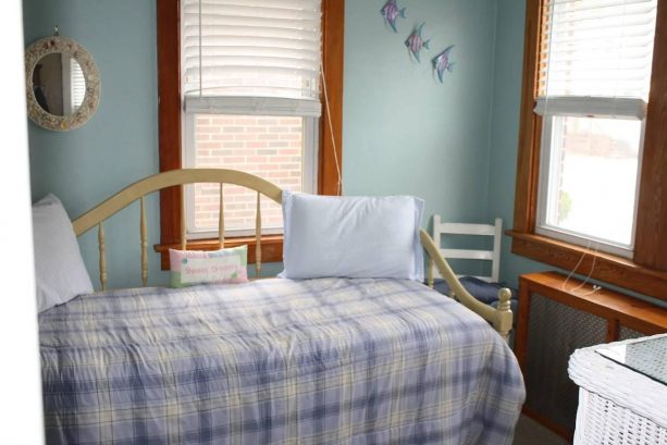 Bedroom #1 with trundle bed - sleeps2