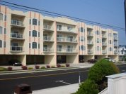 Upscale Condo w Gorgeous Ocean Views! POOL! KING Beds