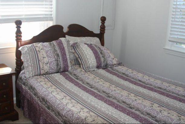 First Floor Queen-Bedded Bedroom