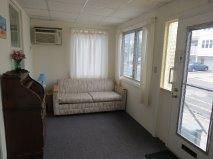 LIVING ROOM 309#5