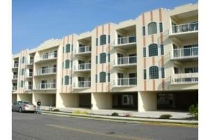 **** Beautiful Condo w Great Ocean View! POOL! Just steps to the Beach