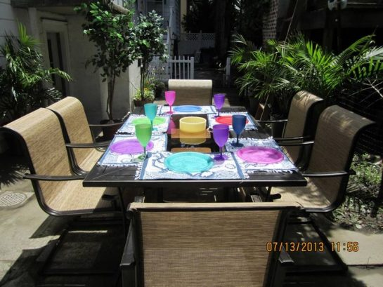 Outdoor Dining Patio, Umbrella for shade