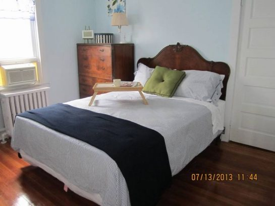 Queen Bed, Blue Room, Antique Furnishings, TV