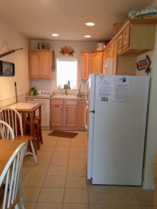 Fully Equipped Kitchen, Ceramic floor, Two Tables Seating 6.