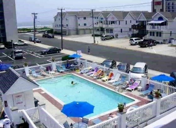 Oceanview Beach Block Updated Condo with Pool and Elevator!
