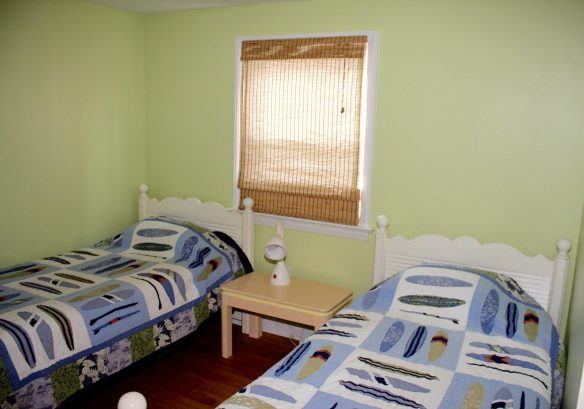 Main Floor Bedroom with Two Twin Beds