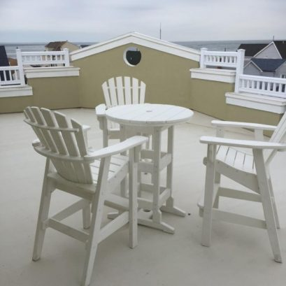 Rooftop Table and Chairs