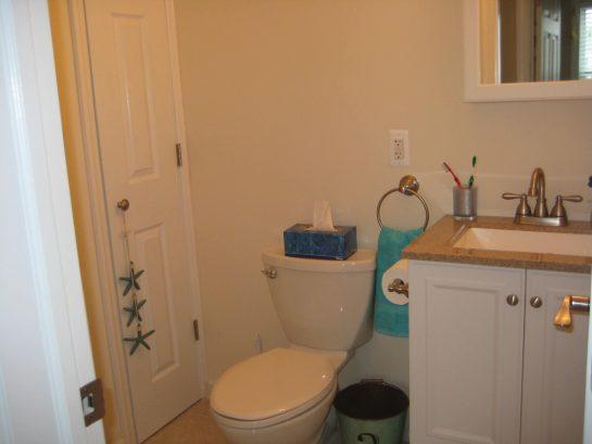 Guest bathroom-2nd floor