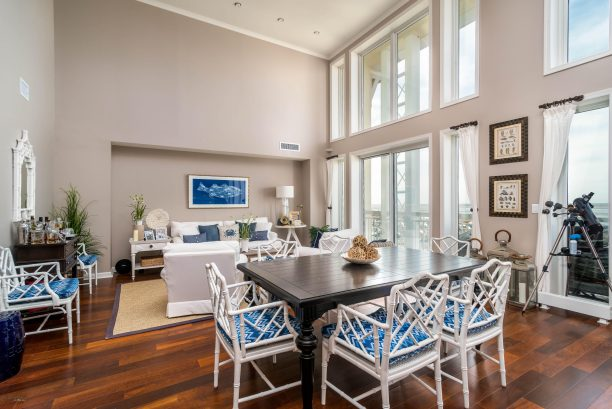 Penthouse unit with Beach and Bay views