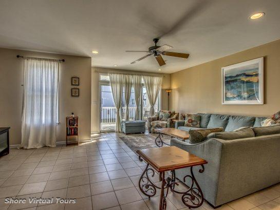 Beautiful, Comfortable Living Room