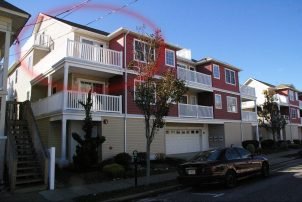 Wildwood Condo WITH HEATED POOL, 1 Block from Boardwalk, Garage Parking for 2