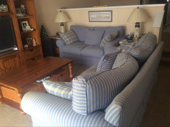 Living room - ceiling fan, TV, DVD, stereo