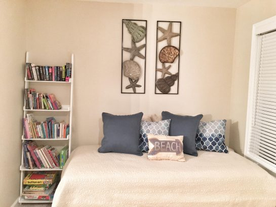 Daybed (2 twins) and reading area