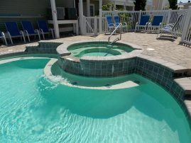 STEPS TO BEACH!! Plus a Pool--Reduced rates for MAY, JUNE, SEPT