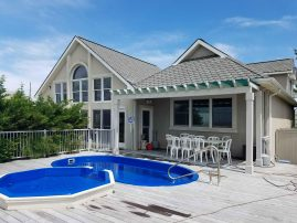 Perfect Beach House! Pool,Game Room, Skee Ball, Kayaks,Open Floor Plan