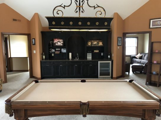 Upstairs Billiard Room with Bar and Sitting Room