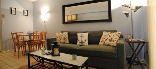 Cozy one bedroom condo one block from the boardwalk and beach.