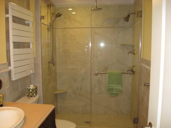 Two person shower with 3 shower heads