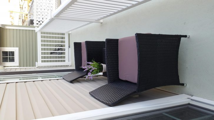 Rear Deck/Balcony seating for some peace and quiet