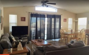 BOOKING 2018 *BEACH BLOCK* 3rd from BEACH, BOARDWALK, & RIDES! BEST LOCATION!