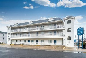 ASK ABOUT SHORT STAY 8/20-8/27 OR $DISCOUNT FOR WK -N.WILDWOOD - JUST STEPS TO BEACH AND BOARDWALK!