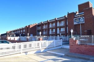 Lovely Cape Roc Condo in Victorian Cape May * Ocean View