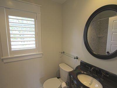 Kids room - bathroom