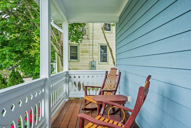 Corgie Street porch