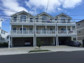 Spacious North Wildwood 3 bedroom Condo. Front Row for the WW fireworks!