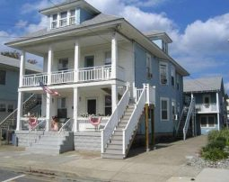 Beach Bloack Prime Location 135 E Taylor ave 1 Block from Boardwalk, up to 40people/80p see details