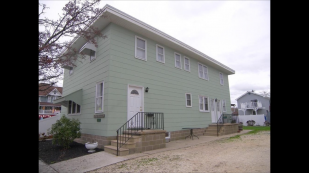 THE POPLAR SPOT BEACH HOUSE: 3 RENTAL UNITS- SLEEPS 30 : YOUNG ADULTS WELCOME!!