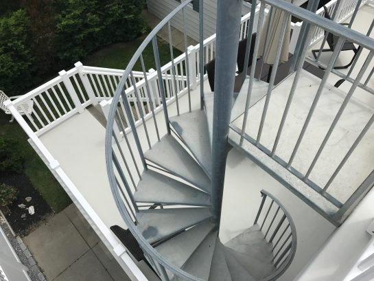 2nd Floor Rear Deck - Take the spiral staircase to the roof.  You can see EVERYTHING UP HERE