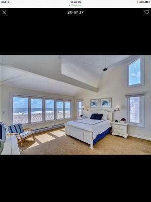 Master Bedroom w 14 Ft. ceilings Full Ocean Views