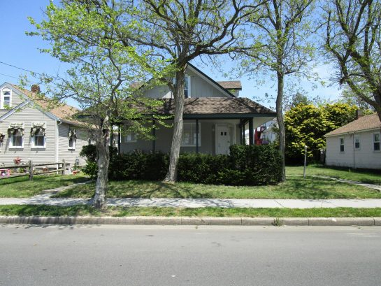 Beautiful Completely Renovated Single Family Home