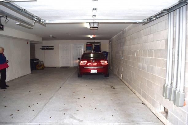 2-car garage - front entry