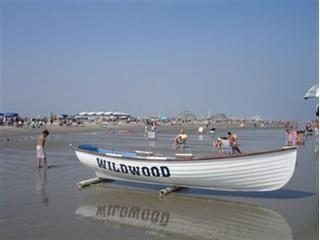 Beautiful free beach of Wildwood