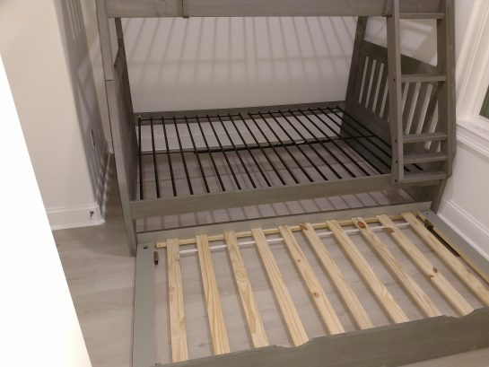 Beroom #5 with a Pyramid Bunkbed and Pull Out Trundle