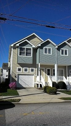 Spacious 4 BR Townhouse in Wildwood Crest, NJ