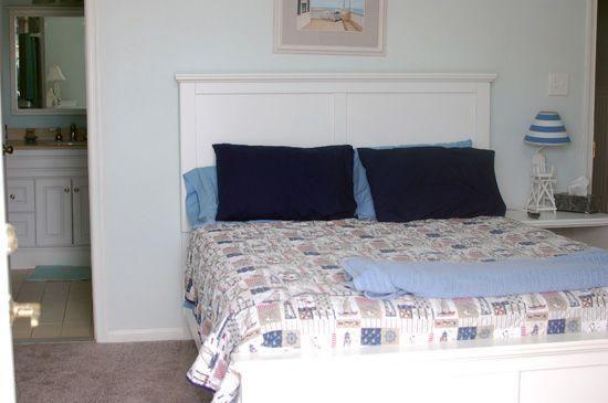 Master Bedroom;Queen Bed