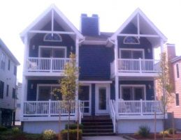 Beautiful, Updated Townhouse; Sleeps 10-12, Block from Beach in OCNJ