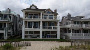 Grande Beachfront Paradise