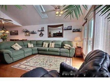 Large living area. End unit with sky lights for bright sunny rooms.
