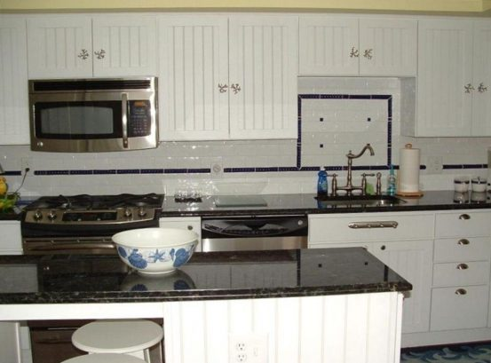 Wonderful kitchen with Granite Counters