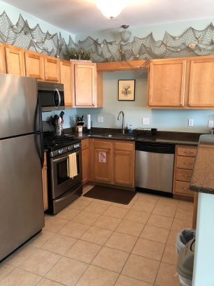 Fully equipped kitchen with all appliances and amenities