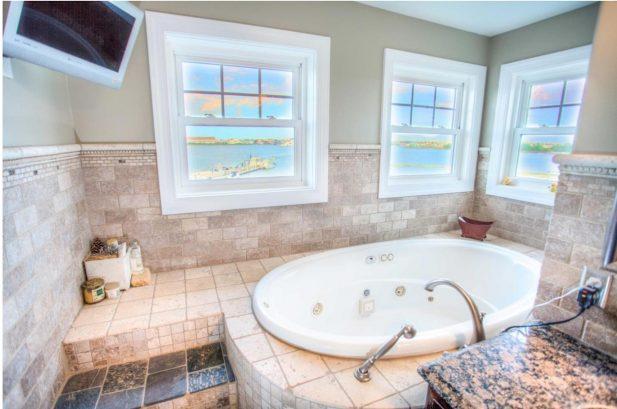 Hot tub bath in master suite!