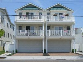AWESOME PRIME LOCATION: 100' FROM THE BOARDWALK & BEACH