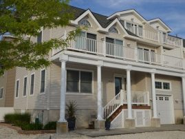 Immaculate Avalon Townhome: 5 Star Rated